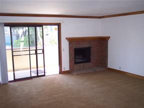 La jolla boardwalk rental living room for Living room la jolla